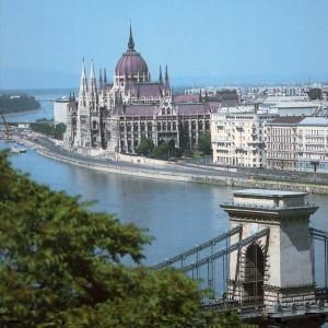 Поехать в Будапешт за 70 евро стоит, а мы подскажем как!