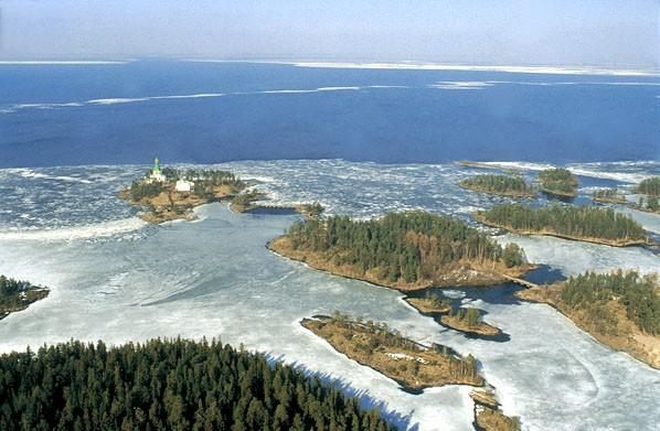 Онежское озеро на карте России