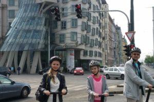 Экскурсии по Праге на сигвее: Вышеград в Праге как добраться с пользой и удовольствием