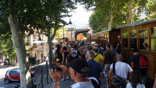 Поезд в Сольер из Пальма Де Майорки