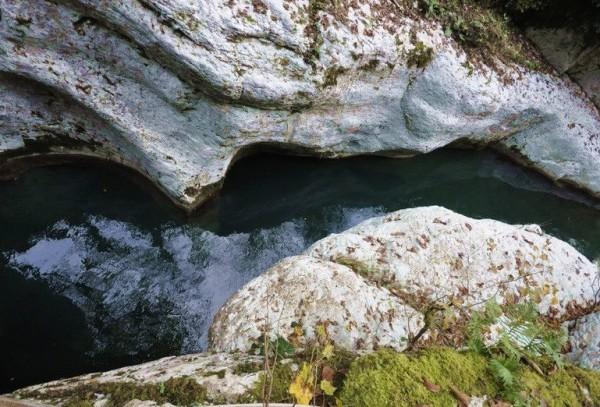 Белые скалы в Хосте фото