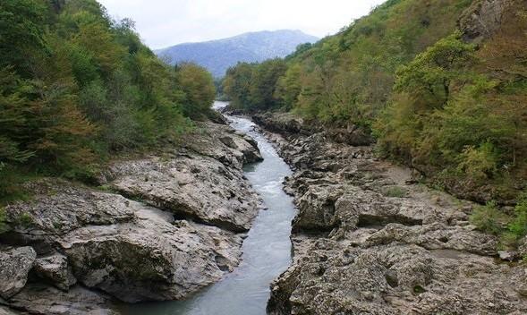 Долина реки Белая фото