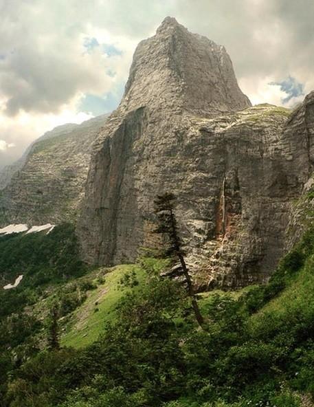 Апшеронск горы Фишт