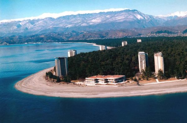 Абхазия Пицунда отели на берегу моря