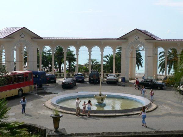 Колоннада в Багрипше