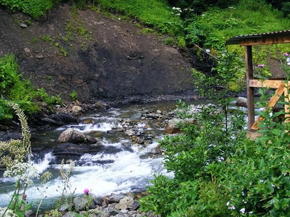 Посёлок Авадхара и минеральные источники