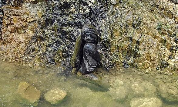 Скульптура Русалка в Новом Афоне
