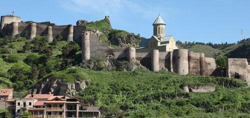 Крепость Нарикала в Тбилиси фото