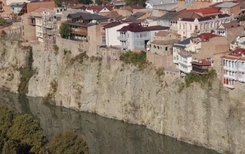 Мехерская скала в Тбилиси фото