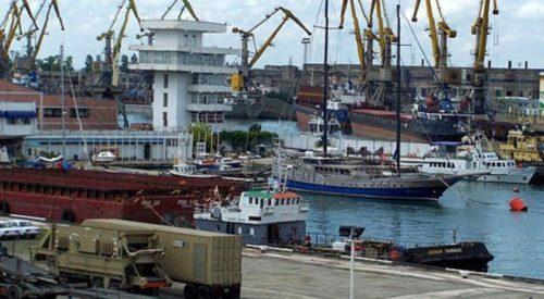Морской порт в Поти