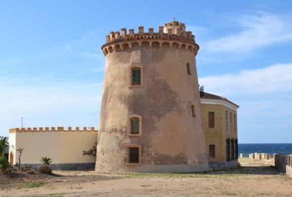 Сторожевая башня Пилар-де-ла-Орадада