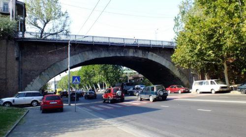 Сухой Мост в Тбилиси фото