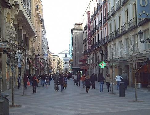 Улица Ареналь в Мадриде