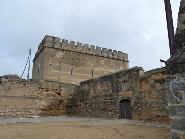 Замок Гардени в Лериде