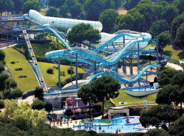 Аквапарк Водный мир в Льорет де Мар