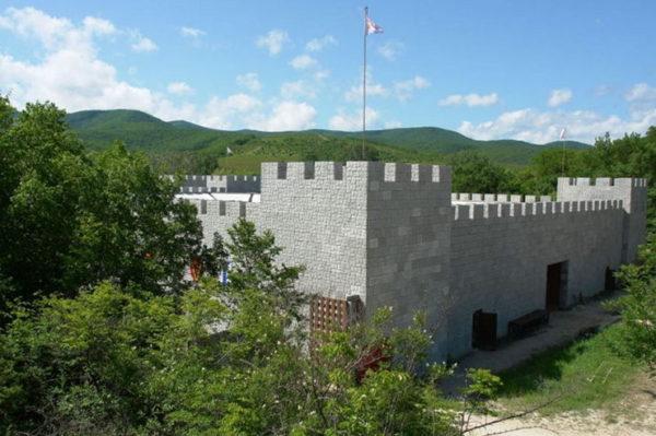 Замок Львиное сердце в Анапе