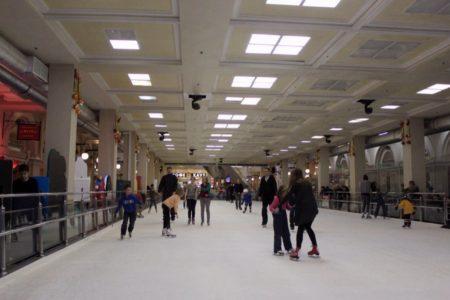 Где покататься на коньках СПб