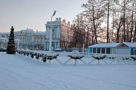 Где покататься на коньках СПб: обзор лучших катков с описанием и фото