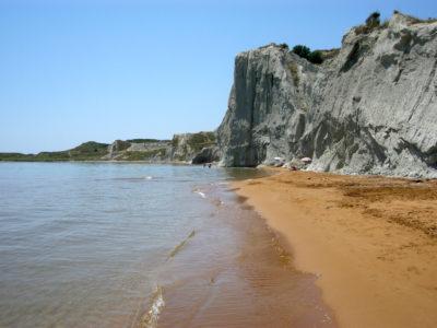 Остров Кефалония что посмотреть: пляжи с красным песком и виллы знаменитостей