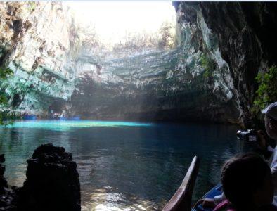 Мелиссани Греция: Пещерное озеро