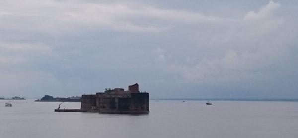 Экскурсия в Кронштадт на метеоре с посещением фортов